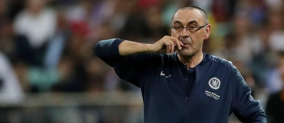 Maurizio Sarri lämnar Chelsea efter en säsong. Han ska istället träna Juventus.