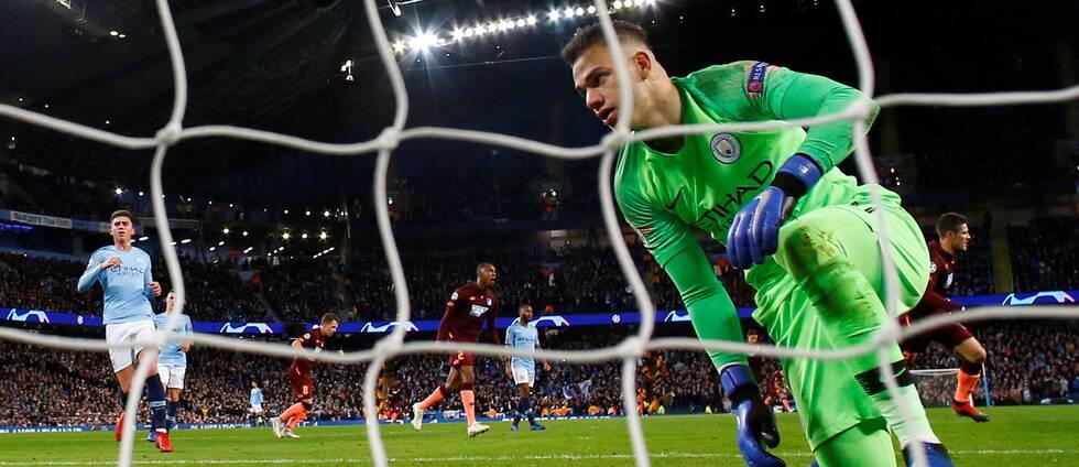 Manchester Citys Ederson ingen annan målvakt i Premier League kommer att granskas av VAR när det gäller positionen på mållinjen vid straffar.