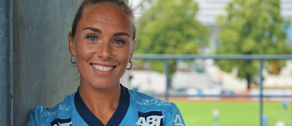 Petronella Ekroth är tillbaka i Stockholm.