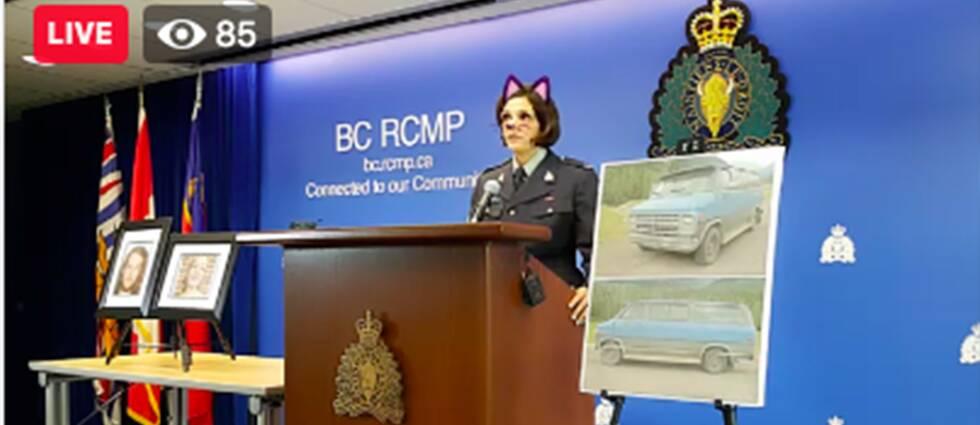 """Kanadas kungliga ridande polis har bett om ursäkt efter att de råkat sända en presskonferens med ett """"kattfilter"""" påslaget."""