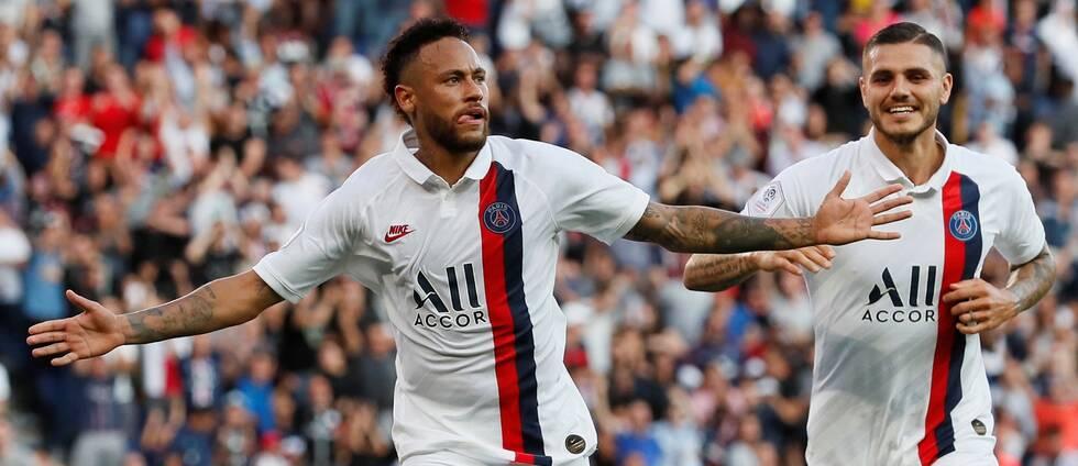 Neymar jublar efter sitt avgörande mål