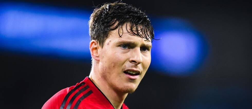Victor Nilsson Lindelöf förlänger sitt kontrakt med Manchester United.