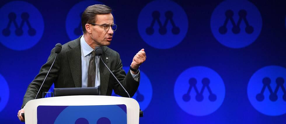 Moderaternas partiledare Ulf Kristersson talar på partistämman