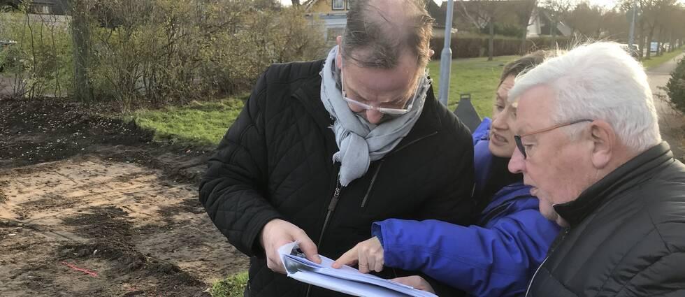 Det har varit stora frustration bland grannarna i Trottaberg utanför Halmstad sedan marken börjat rivas upp. Nu har deras överklagan gett resultat.