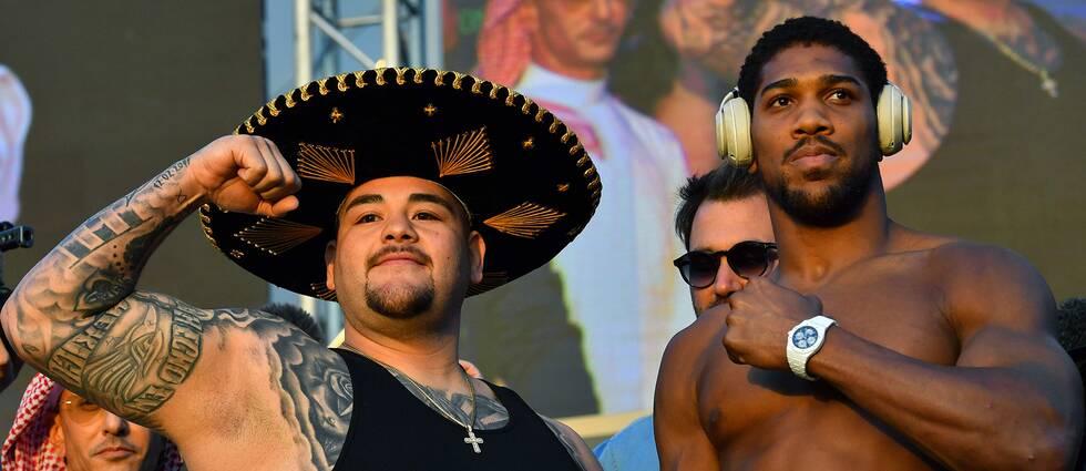 Mästaren Andy Ruiz Jr och utmanaren Anthony Joshua vid fredagens invägning.