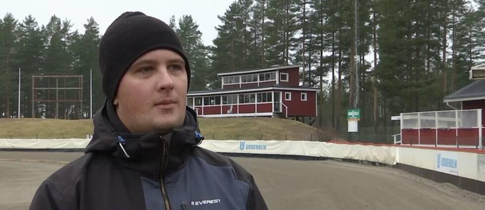 Niklas Ottosson ansvarar för försäljningen tillsammans med sin bror Jonas Öhrfeldt för Hagfors El-Montage räkning.