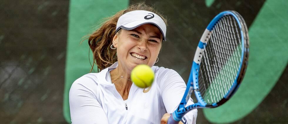 Tennisspelaren Rebecca Peterson i Falkenberg.