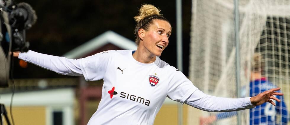 Anja Mittag, här i Rosengårdströjan 2018, jublar efter ett mål i Champions League.