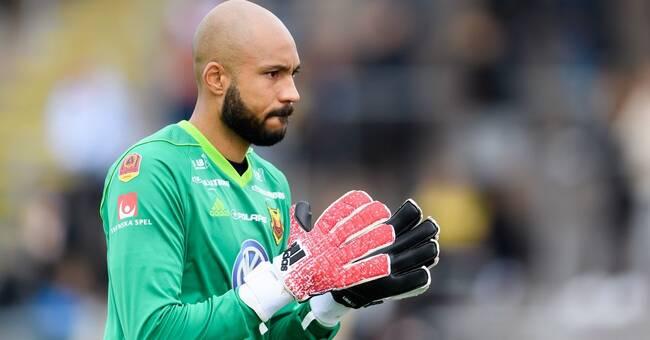 Aly Keita har skrivit på för tre år till i målet för Östersunds FK