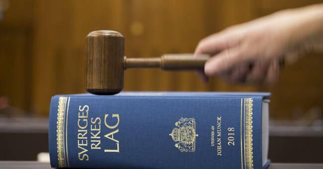Söderköpingsbo dömd till fängelse för barnporr