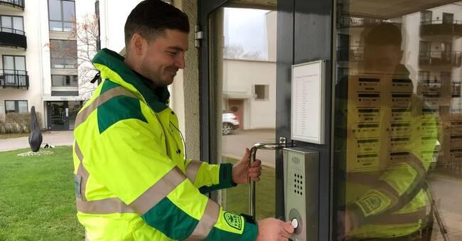 Digitala nycklar ska korta ner utryckningstiden för ambulanspersonal