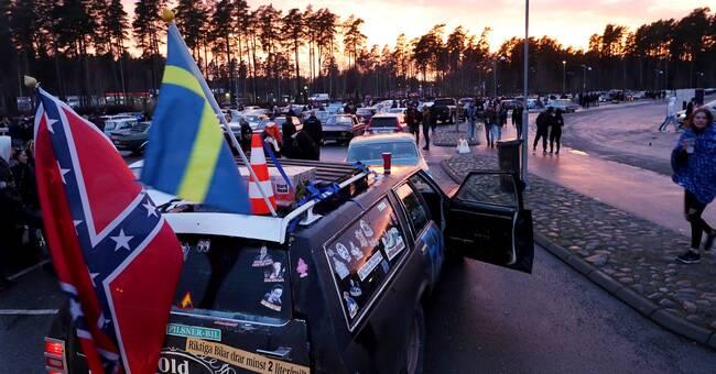 1000 personer samlades på parkeringar i Umeå