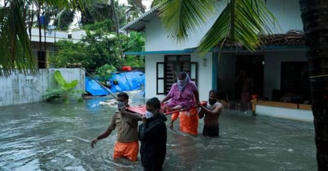 Cyklon sprider rädsla i Indien – mitt i massiva virusutbrottet