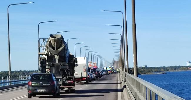 Olycka på Ölandsbron – stopp i båda riktningar