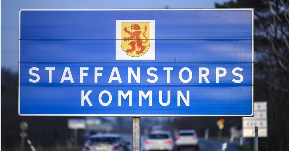 Besökare i smittområden uppmanas stanna hemma   SVT Nyheter