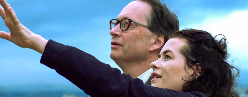 Två av Sveriges mest tongivande kulturpersonligheter, serieskaparen Liv Strömquist och akademieledamoten Horace Engdahl, ger sig återigen ut på en klassisk bildningsresa genom Europa.
