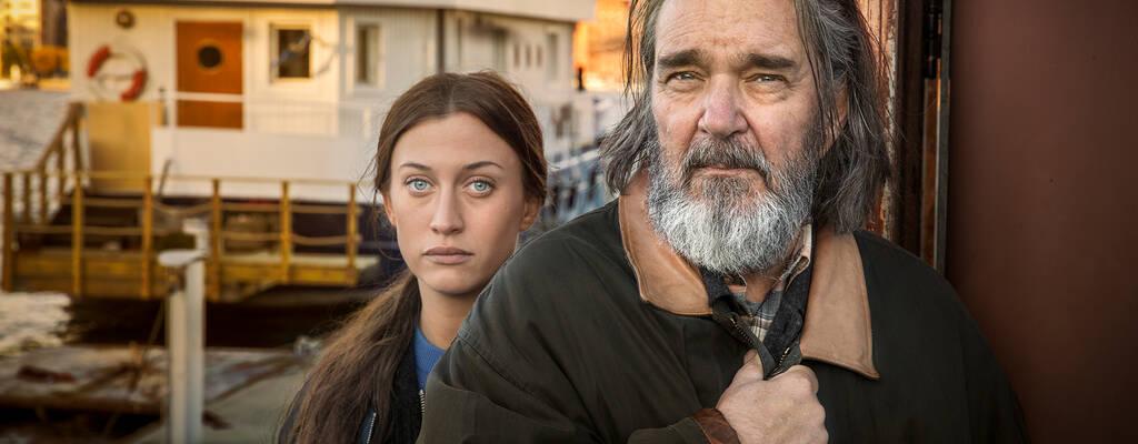 Julia Ragnarsson och Kjell Bergqvist, huvudpersonerna i Springfloden 2.