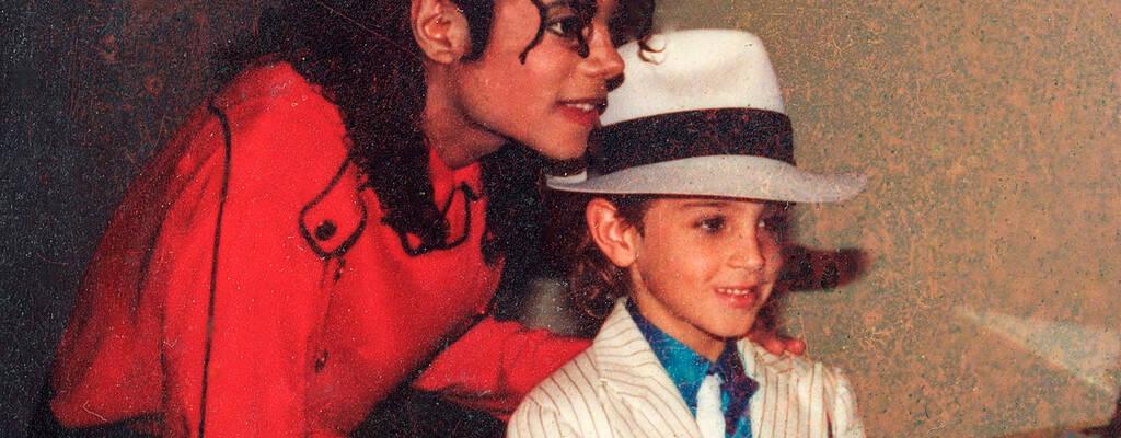 När Michael Jackson första gången anklagades för sexuella övergrepp mot unga pojkar var det många som tvivlade på att The King of Pop kunde ha utfört sådana handlingar.