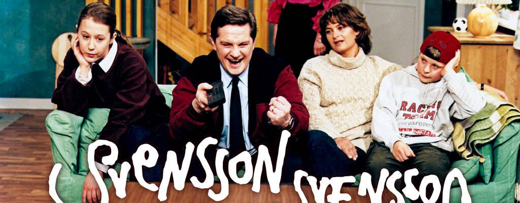 Familjen Svensson är en ovanligt vanlig men färgstark, galen och kärleksfull kärnfamilj mitt i 90-talets Sverige.
