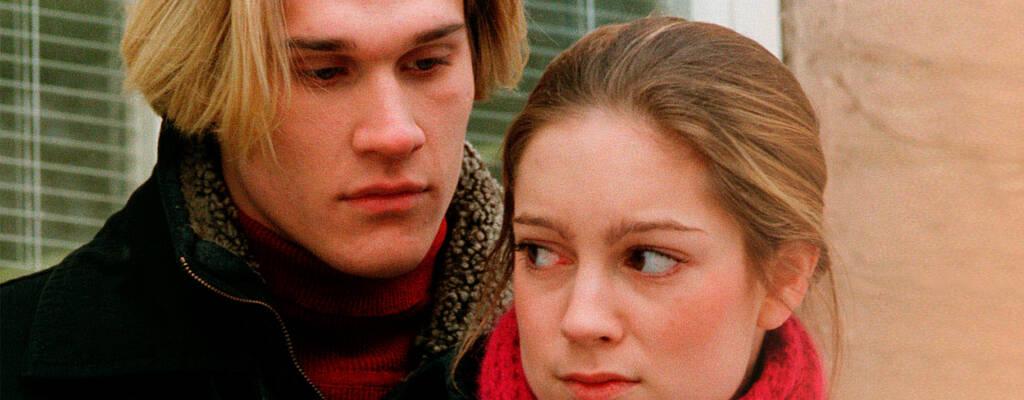 Elin (Emma Peters) och Håkan (Bengt Dahlqvist), huvudrollsinnehavarna i Sexton.