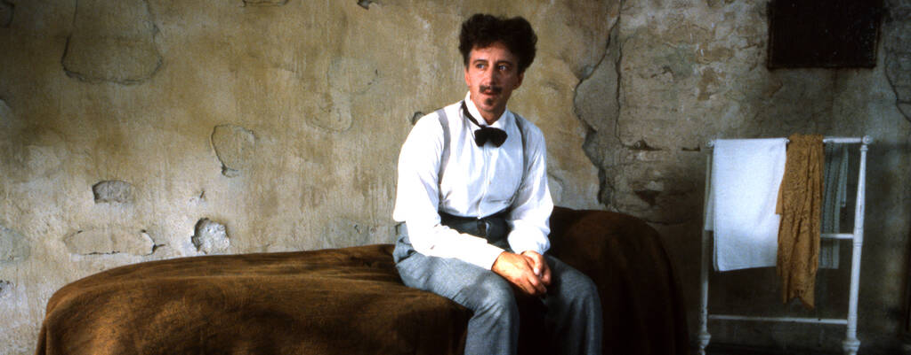 August Strindberg ett liv, i regi av Kjell Grede och Johan Bergenstråhle. Manus: Per Olov Enquis