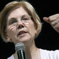 Den demokratiska senatorn Elizabeth Warren slår tillbaka mot Donald Trump.
