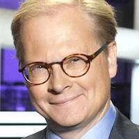 Riksdagshuset och SVT:s politiska kommentator Mats Knutson