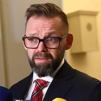 """Björn Hurtig, kulturprofilen Jean-Claude Arnaults försvarare, skriver att Arnault menar att hovrätten begått """"grovt rättegångsfel""""."""