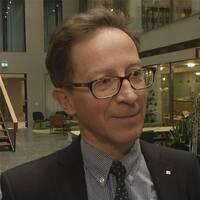"""Hans Lindblad är oroad över bankernas """"girighetskultur""""."""