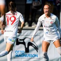 Rosengårds Sanne Troelsgaard jublar efter sitt 2–0.
