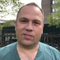 """""""Vi skriver i princip inte ut något alls"""", säger överläkare Olaf Gräbel."""