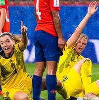 Sveriges tålamod lönade sig till slut i åskmatchen mot Chile. Det hoppas mittbacken Linda Sembrant att Sverige ska jobba vidare med mot Thailand.