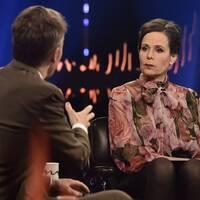 Sara Danius gästar Skavlan 2017.