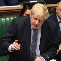 Boris Johnson talar i parlamentet