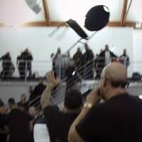 Tumult på scen vid en arrangerad fight i Halmstad.