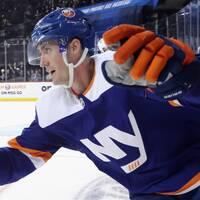 Brock Nelson avgjorde för New York Islanders i klubbens rekordmatch.
