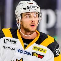 Skellefteås Jacob Olofsson deppar under ishockeymatchen i SHL mellan Rögle och Skellefteå den 19 oktober 2019 i Ängelholm.