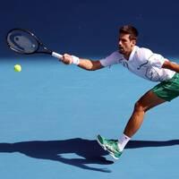 Novak Djokovic är klar för kvartsfinal