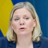 Finansminister Magdalena Andersson under en pressträff om nya budgetåtgärder