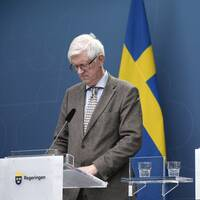 Folkhälsomyndighetens generaldirektör Johan Carlson och socialminister Lena Hallengren (S) om riktlinjer kring privata sammankomster för att minska smittorisken i Sverige.