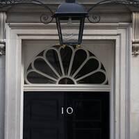 Bild på 10 Downing Street. Den brittiska premiärministerns officiella residens.
