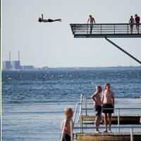 Det är populärt att bada i Öresund – här i Malmö. Arkivbild.