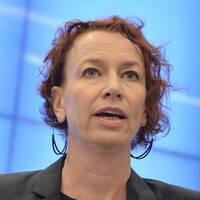 Christina Höj Larsen (V) och Ebba Busch (KD).