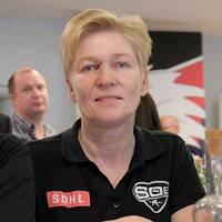 SDE:s lagledare Helene Åström och målvakten Sofia Reideborn.