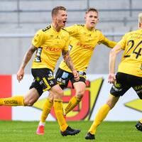 Samuel Holmén jublar efter avgörande 2-1 mot Kalmar.