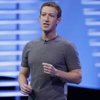 Facebook och Twitter anklagas för att hjälpa Biden.