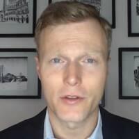 Professor Matthew Kroening vid Georgetown-universitetet förklarar skillnaden mellan Trump och Bidens säkerhetspolitik.