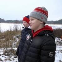 Albin Ekman och Oliver Wiström berättar om dramat när de gick igenom isen.