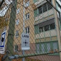 Bildne visar stängslet till rättspsykiatriska kliniken i Säter.