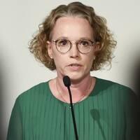 Britta Björkholm, avdelningschef på Folkhälsomyndigheten, under torsdagens myndighetsgemensamma pressträff angående coronapandemin.